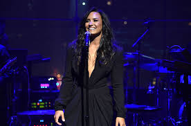 Demi Lovato Performs Stripped Down 'Sorry Not Sorry' & 'Tell Me ...