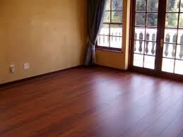 Sàn gỗ Inovar nhập khẩu từ Malaysia là sàn gỗ Malaysia bán chạy nhất tại Việt Nam