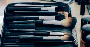 stay on fleek with these 10 makeup brushes