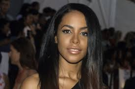 aaliyah fans successfully peioned mac cosmetics to release a collection in the singer s honor photo kevin mazur wireimage
