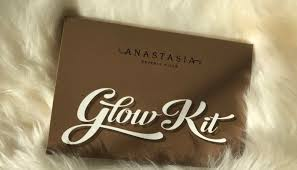 anastasia glow kit packaging. swatched: anastasia beverly hills ultimate glow kit packaging a