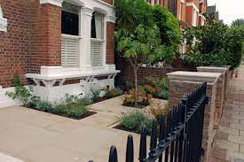 front garden for a victorian town house
