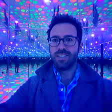 The Art of Aaron Kagan Putt - Standing in Yayoi Kusama's Infinity Dots  Mirrored Room at the Mattress Factory in Pittsburgh | Facebook