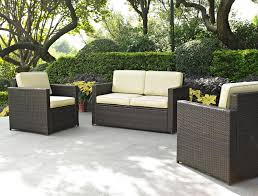 Unique and Natural Patio Look with Wicker Patio Furniture