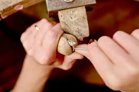 our traditional work and craftsmen with years of experience can design create and repair almost any kind of jewellery to your satisfaction and bring