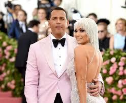 Jennifer Lopez works to end Alex Rodriguez's 'pariah' status