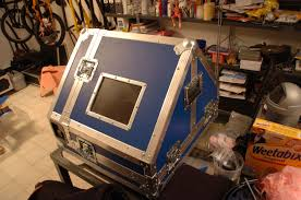 technically speaking this is a very difficult case to build obviously standard flight case materials are meant for cases with 90 angles but there are a