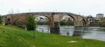 Resultat d'imatges de puentes en arco romano