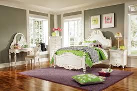 bedroom ideas for women in their 20s. Bedroom : Ideas For Women In Their 20s Large Carpet Table Lamps N