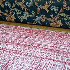 handwoven flat red and white cotton runner loading zoom