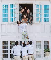 Rew provides the latest listings of condos, apartments, and houses for rent throughout canada. 30 Insta Worthy Pre Wedding Shoot Ideas Which Are Fab The Wedding Brigade Blog
