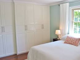 Small Bedroom With Walk In Closet Small Bedroom Closet Design Interior Bedroom White Wooden Walk In