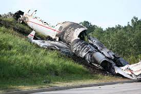 Travis Barker talks 2008 plane crash ...