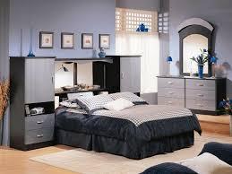 Mirrored Headboard Bedroom Set On Edge Mirrored Headboard Bedroom ...