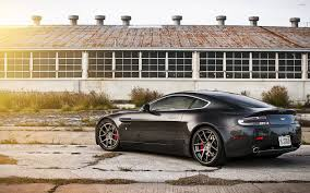 Back Side View Of A 2013 Aston Martin Vanquish Wallpaper