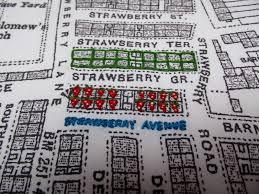 Embroidery Vicky Lockley-Strawberry Avenue-Lillian Rhodes (1) «  365LeedsStories