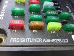 freightliner m2 106 fuse box 24492452 detail information from freightliner m2 106 fuse box
