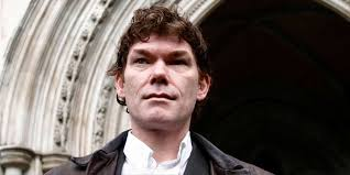 Londres bloque l'extradition du pirate informatique Gary McKinnon ...