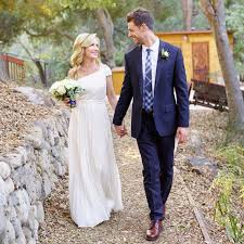 Exclusive The fice s Angela Kinsey Is Married