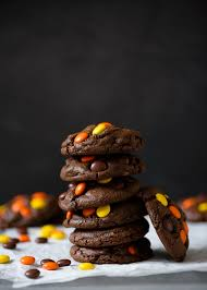 reese s pieces studded dark chocolate peanut er cookies via forkknifeswoon forkknifeswoon