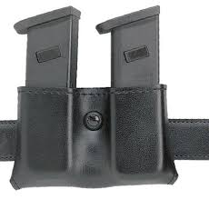 Handcuff And Magazine Holder Safariland Model 100 Concealment Double Magazine Holder SnapOn 74