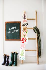 Country Christmas Decorations Holiday Decorating Ideas - Homemade decoration ideas for living room 2