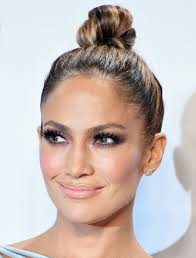 exactly how to get jennifer lopez s glowing makeup from the amas from instyle