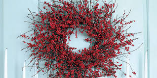Christmas Wreath Ideas U2013 A Candy Wreath From EdibleCraftsOnlinecomHoliday Wreaths Ideas