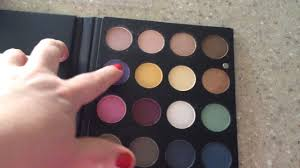 ipsy unbagging unboxing ofra eyeshadow palette