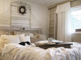 Bedroom: Easy White Tufted Button Upholstered Homemade Headboard Ideas - Homemade  Headboards For Queen Beds