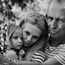 GRANDFATHER;)♥️ KEITH and his doughter Theodora and granddaughter IDA  VIOLET #proud #beautiful #richardsfamily #love #it ♥️… | Keith richards,  Rolling stones, Keith