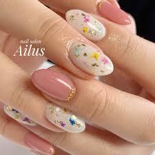 春ハンドワンカラーフラワーホワイト Nail Salon Ailusのネイル