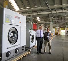 Máy giặt - sấy - ủi công nghiệp giá rẻ: Cần bao nhiêu khoảng trống để máy  giặt công nghiệp hoạt động ổn định ?