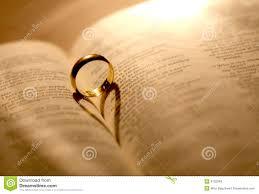 Une Boucle De Mariage Dans La Bible Photo Stock Image Du