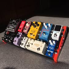 finally finished building my mini pedalboard