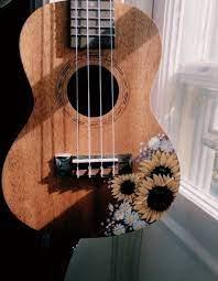 pinterest // ιѕåвєℓℓå ℓιåиg | Раскрашенные гитары, Искусство укулеле, Укулеле