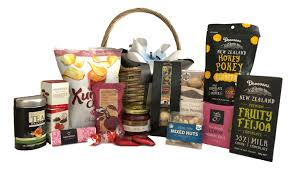 gift baskets for tenants