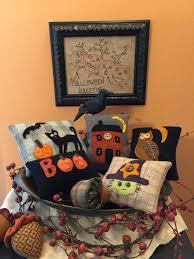 Halloween bowl fillers made by Dianna Alger | Alfileteros, Fieltro ...