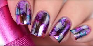 Forget Plain Mirrored Nails: It's All About Mirror Sharpie Nails Now
