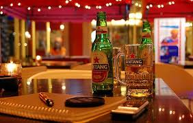 alcohol advertising be banned essay should alcohol advertising be banned essay