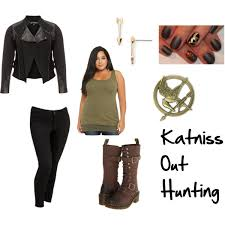 what would katniss wear dystopian subtle cosplay katniss district 12 hunting hunger games dystopian subtle cosplay