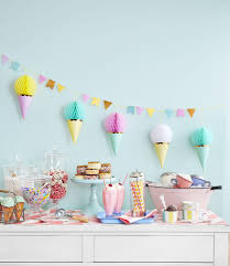 First Birthday Party Themes - Party Ideas for Boys and Girls