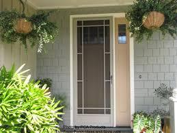 front door screensUse Your Aluminum Screen Door to Maximize Curb Appeal