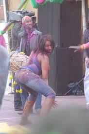 Ebony teen dancing sexy in