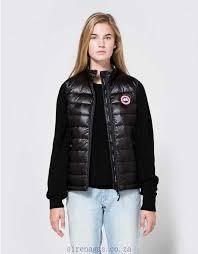 Canada Goose BLACK Hybridge Lite Vest 100% nylon outer shell For Women  G5EW785E