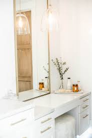 311 Design Modern White And Gold Makeup Vanity Bathroom Decor