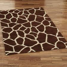 12 ways to decorate with animal print coldwell banker giraffe print rug uk