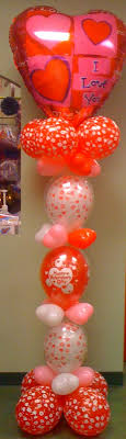 linking balloon valentine column