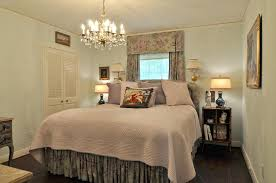 bedroom designs small spaces. Small Master Bedroom Exquisite Designs For Space Set With Office Design Ideas Fresh In Elegant Decorating Spaces