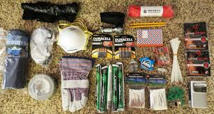 diy car safety kit new 82 survival kit ideas that fit in a 5 gallon bucket